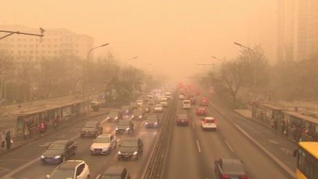 cnnee pkg rivers china polution crisis _00002614