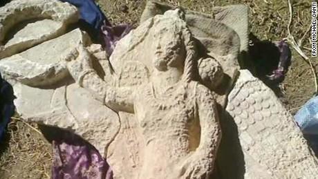 ISIS artifact financing griffin pkg ac _00013904