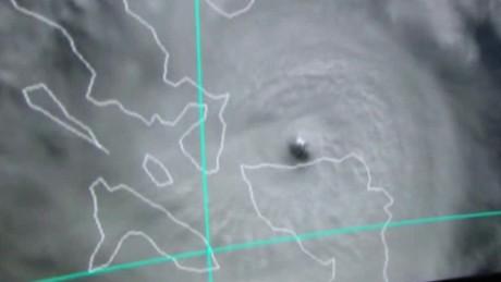 philippines typhoon melor landfall javaheri lklv_00001911