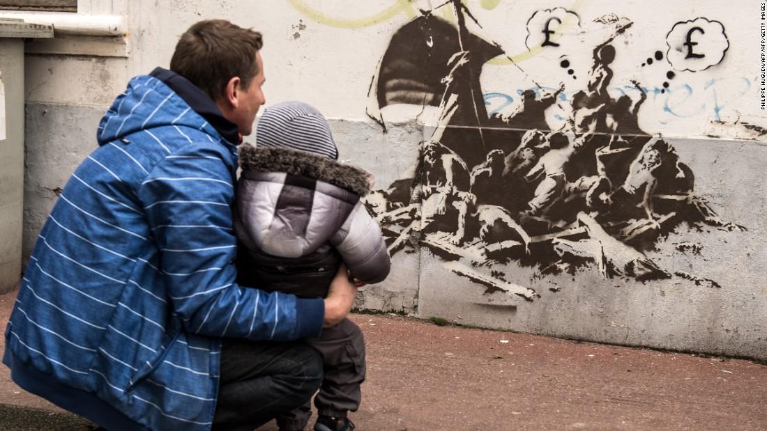 Banksy S Steve Jobs Mural Spotlights Refugee Crisis Cnn