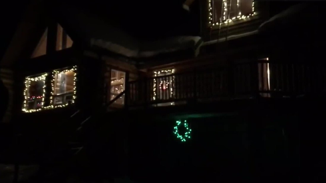 Anybody can control the Christmas lights on this house - CNN Video