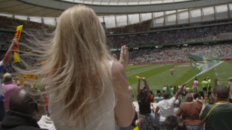 south africa embraces rugby sevens worldwide cape town swails pkg_00001310