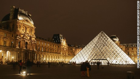 What's it like to have the Louvre all to yourself?