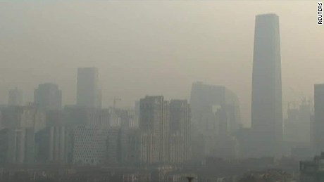 beijing smog red alert rivers cnni nr lklv_00003724
