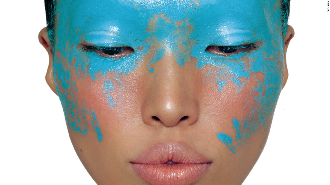 'Blue Face' was shot for Tony Studio in 2005.
