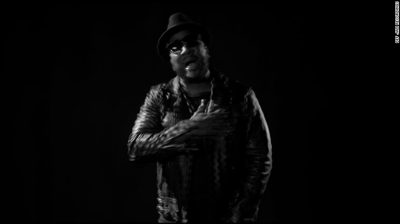 "Young Jeezy talks politics, premiers ""Sweet Life"" video on CNN"