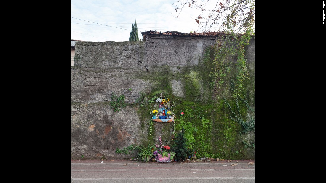 A votive altar along the Tiber Cycling Lane.