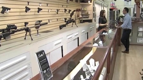 jewelry store giving free shotguns with purchase florida pkg_00001808.jpg