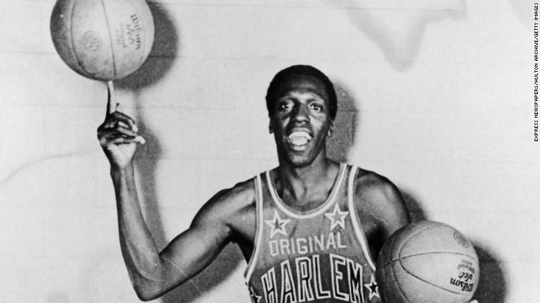Harlem Globetrotter dead at 83