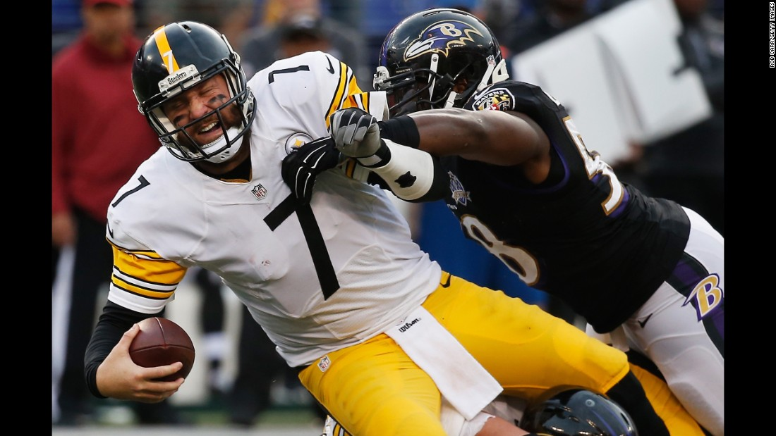 """Big Ben"" (#7) is the third consecutive quarterback on this list from the vaunted class of 2004. Like Manning, Roethlisberger has earned two Super Bowl rings and four Pro-Bowl appearances, though he has suffered some niggling injuries along the way. The 34-year-old missed four games in 2015 but came back to battle in the playoffs, losing to eventual champions the Denver Broncos in the conference semifinals."