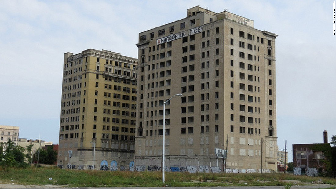 Detroit's Park Avenue Hotel was demolished in 2015 to make way for a Detroit Red Wings arena. The new owners agreed to preserve the neighboring Eddystone hotel.