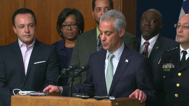 Chicago's mayor announces police policy changes