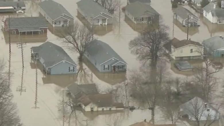 Missouri flooding reaches record levels