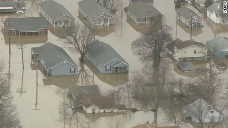 missouri flooding mississippi river dnt savidge lead_00001908.jpg