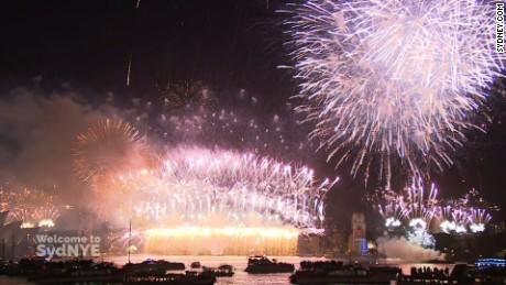 Fireworks display at Sydney Harbour bringing in 2016