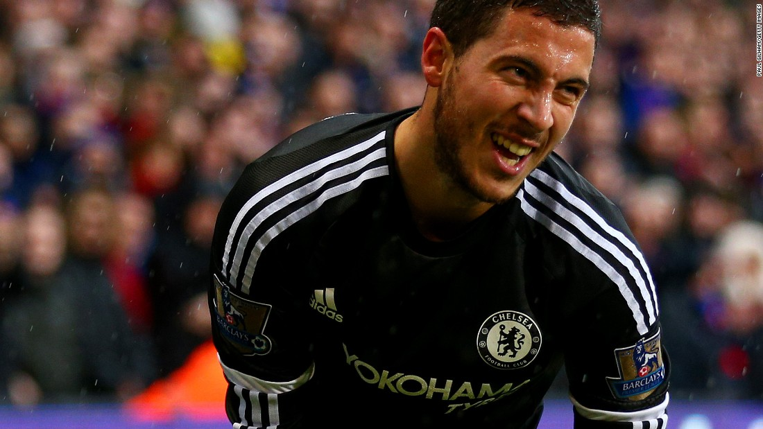Chelsea talisman Eden Hazard was forced off an injury early in its English Premier League tussle with Crystal Palace.