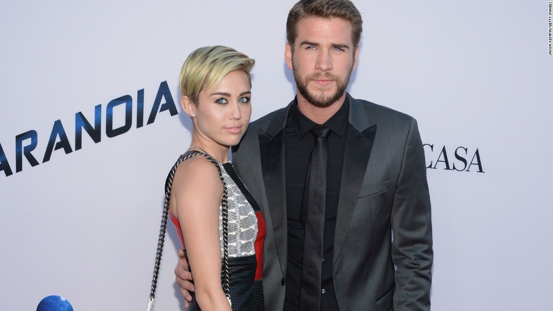 is miley cyrus dating justin bieber dad Miley cyrus did some pretty strange things in the past year, but her fans were shocked to hear the news that she hooked up with justin bieber's father, jeremy.
