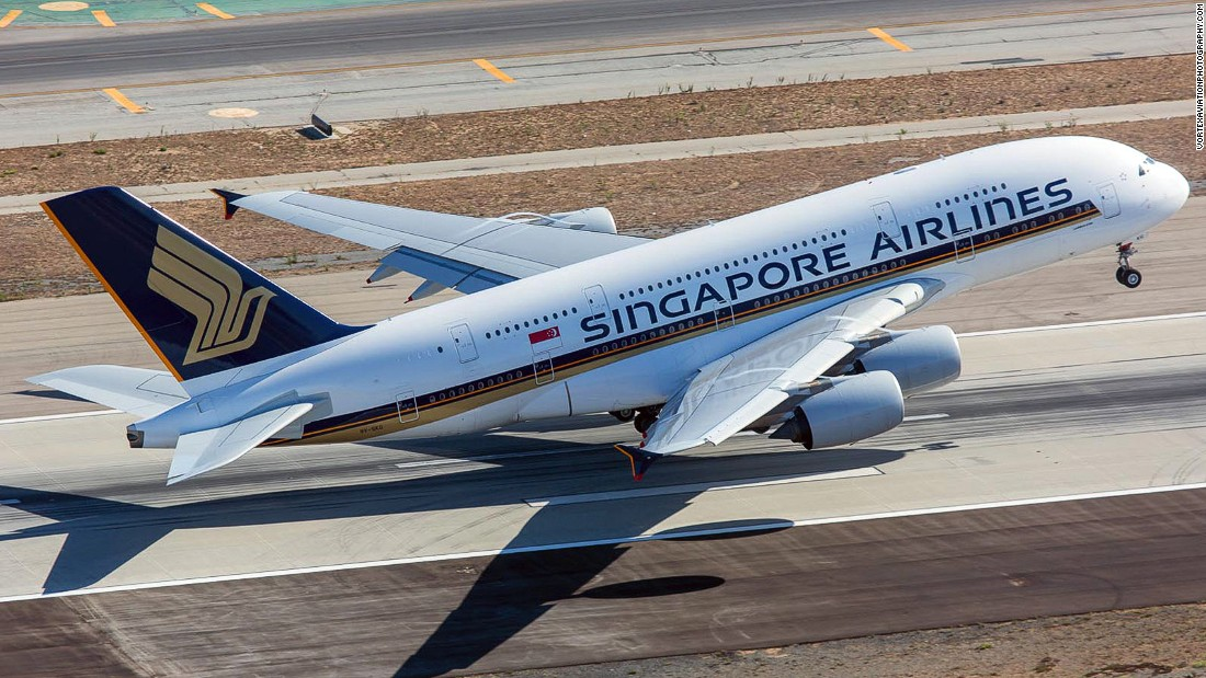 Frequently applauded for the quality of its in-flight services, Singapore Airlines is also regularly featured in AirlineRatings.com's annual safety list.