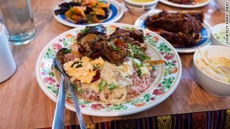 Kalden Restaurant: Hot in Thimphu.