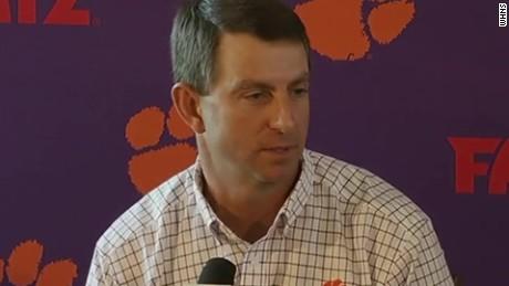 Clemson Tigers coach Dabo Swinney sot _00000928