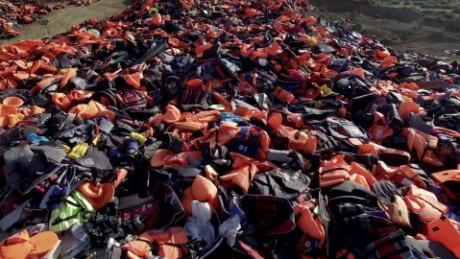 Lifejacket graveyard captures refugee crisis magnitude