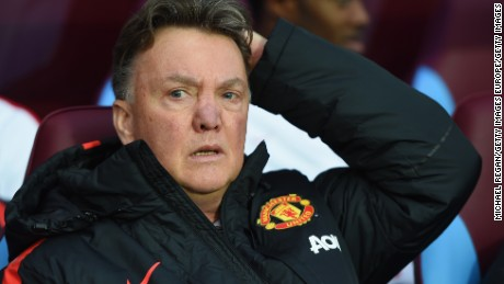 'You, fat man': Manchester United's van Gaal appears to insult journalist