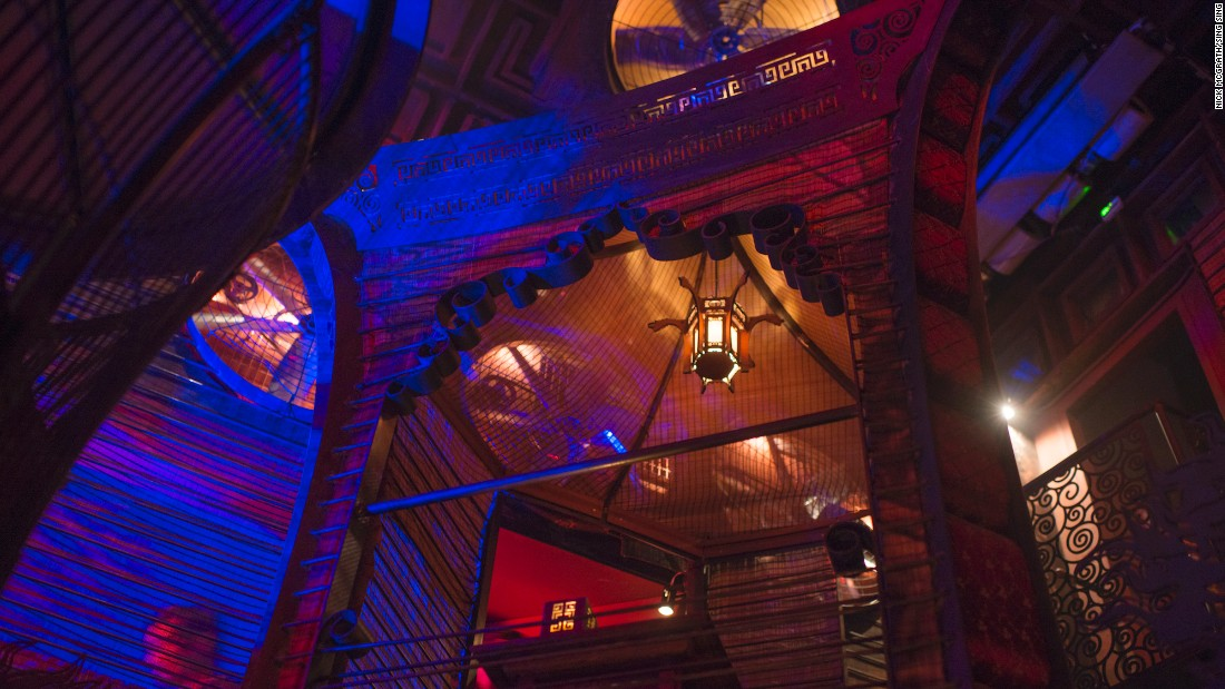 Opened in 2015, Sing Sing become one of the hottest partying venues in town. The attention to detail is truly incredible. Secret passages, hidden speakeasies and symmetrical staircases help foster a mysterious atmosphere.