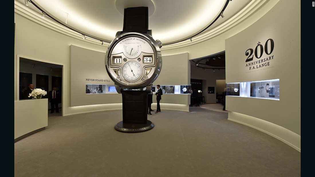 cartier designer watches 16e1  The annual SIHH luxury watch fair in Geneva is organized by Fondation de la  Haute Horlogerie