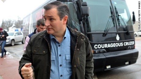 Cruz dismisses 'swamp theories' on citizenship