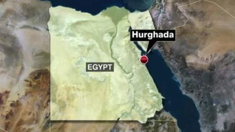 Egypt gunmen storm hotel_00013706