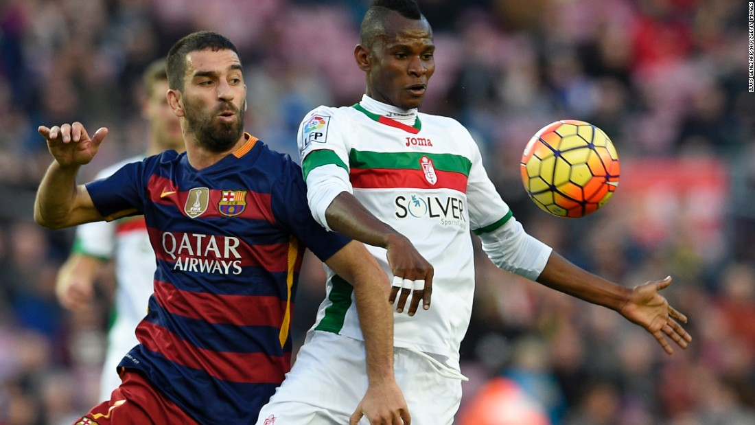 Barcelona's new midfield signing Arda Turan (R) provided the assist for Messi's first goal.