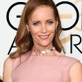 golden globes red carpet 2016 - Leslie Mann