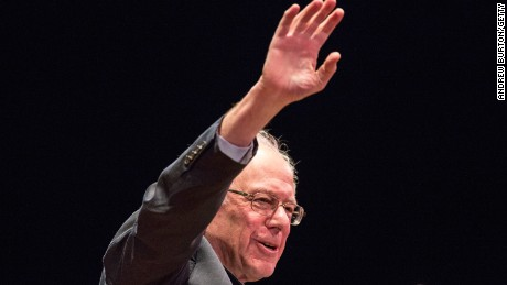Bernie Sanders outlines his plan to reform the U.S. financial sector on January 5, 2016, in New York City.