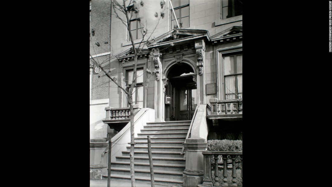 The entrance to the Salmagundi Club's historic brownstone mansion, seen here in 1937, is at 47 Fifth Avenue. The club is one of the oldest art organizations in the United States.