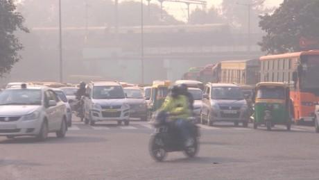 india new delhi pollution controls field pkg_00002112