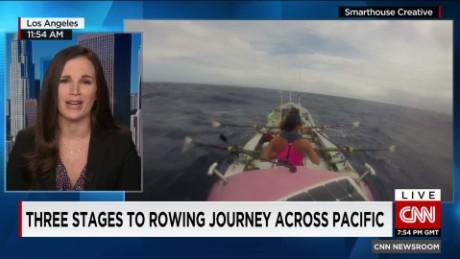 Four women near goal of rowing across Pacific_00014118