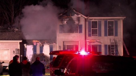 cleveland house fire kills family sot vo_00003325