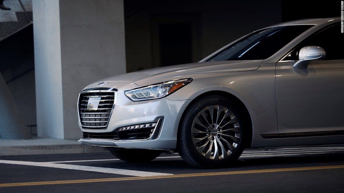 The Korean G90 is already equipped with semi-autonomous driving capability.