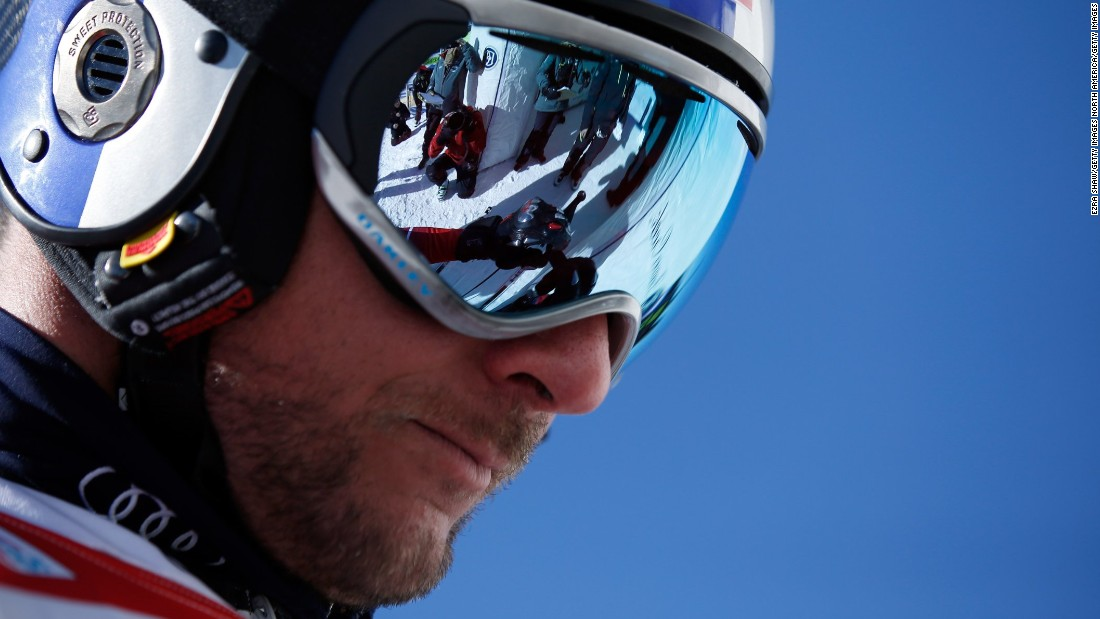 Aksel Lund Svindal's ski season over after knee surgery