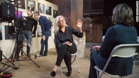 Leibovitz: Amy Schumer 'knows what she's doing'