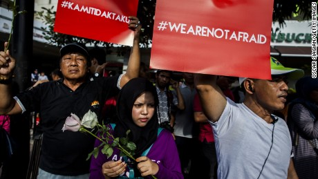 Indonesians denounce Jakarta attackers as 'infidels'