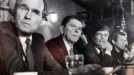George H. W. Bush, Ronald Reagan, Phil Crane and Howard Baker visit Yoken's restaurant in Portsmouth, NH in 1980.