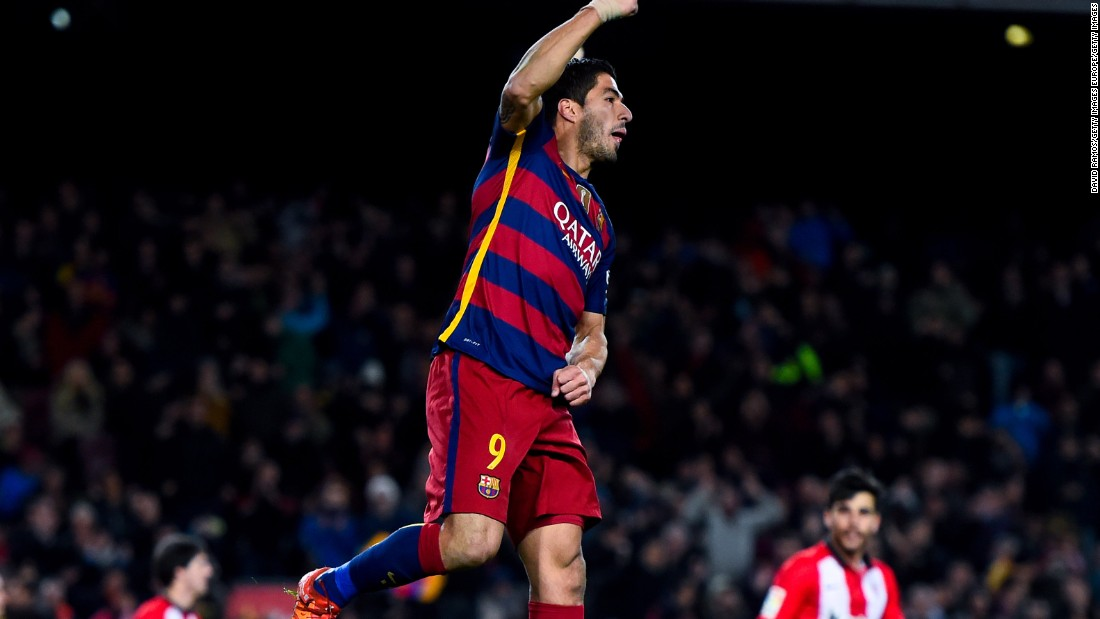 Luis Suarez rounded off the 6-0 rout of Athletic Bilbao with his hat-trick for Barcelona in the Nou Camp.