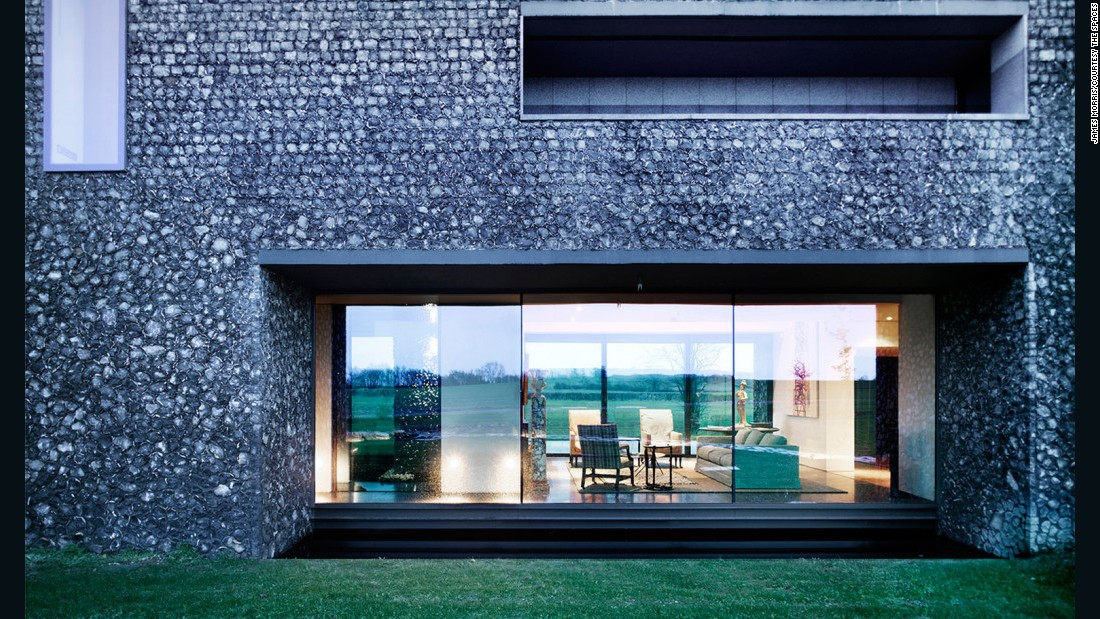 Flint House by Skene Catling de la Peña won the 2015 RIBA House of the Year prize.