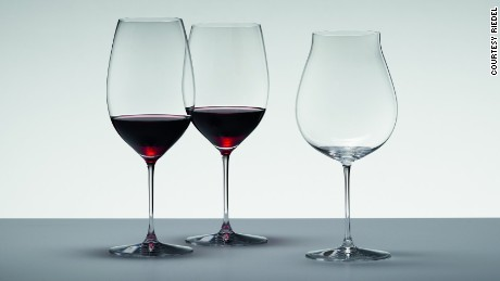 Can the shape and design of a glass affect the taste of wine?