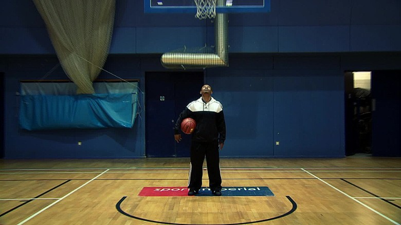 Get Shorty: Meet NBA's shortest ever player