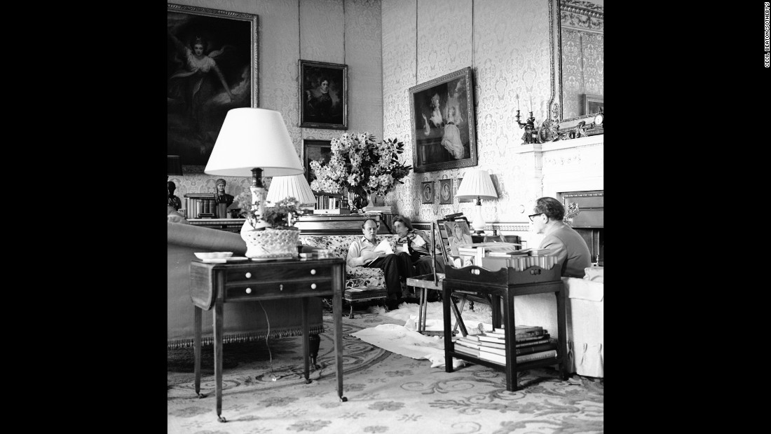 "Cavendish sits on the sofa with the British socialite, known as ""Mrs. Ham,"" and across from the ""wickedly attractive"" Bloomsbury painter, Grant, in the drawing room at Chatsworth.   <br />"