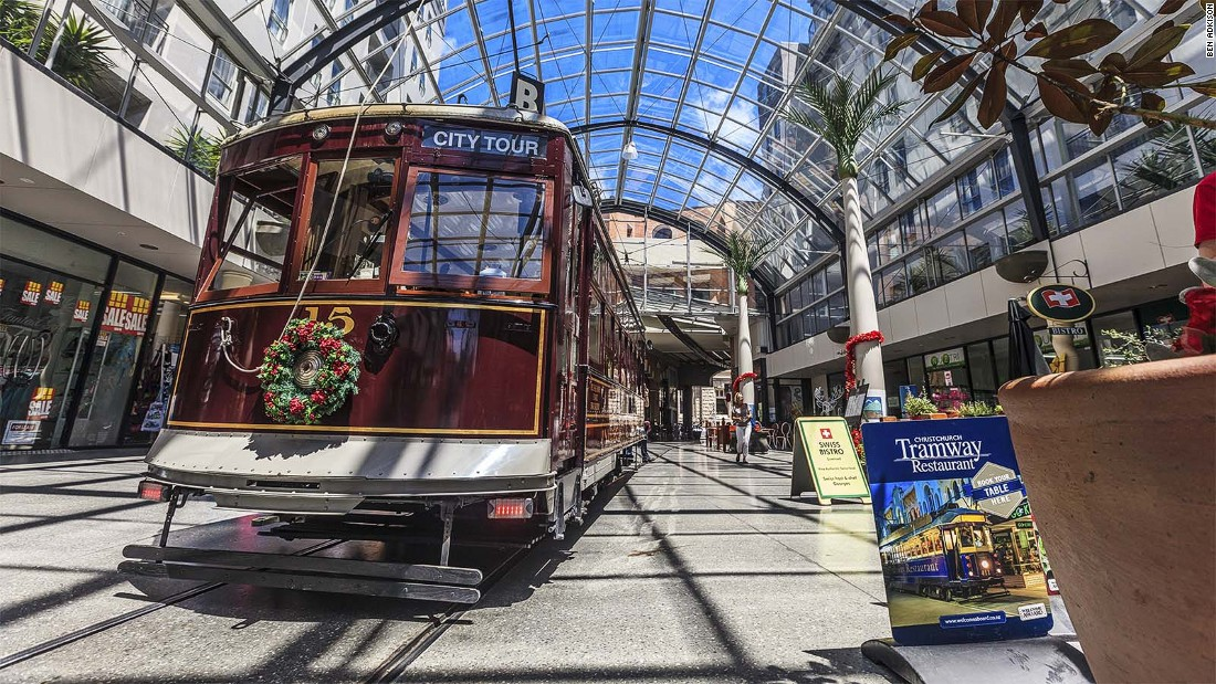 On the restored Christchurch Tram, a daily ticket allows you to hop on and off the tram as much as you like. For an evening meal that moves throughout the city the Tramway Restaurant that departs Cathedral Junction at 7 p.m. each day.