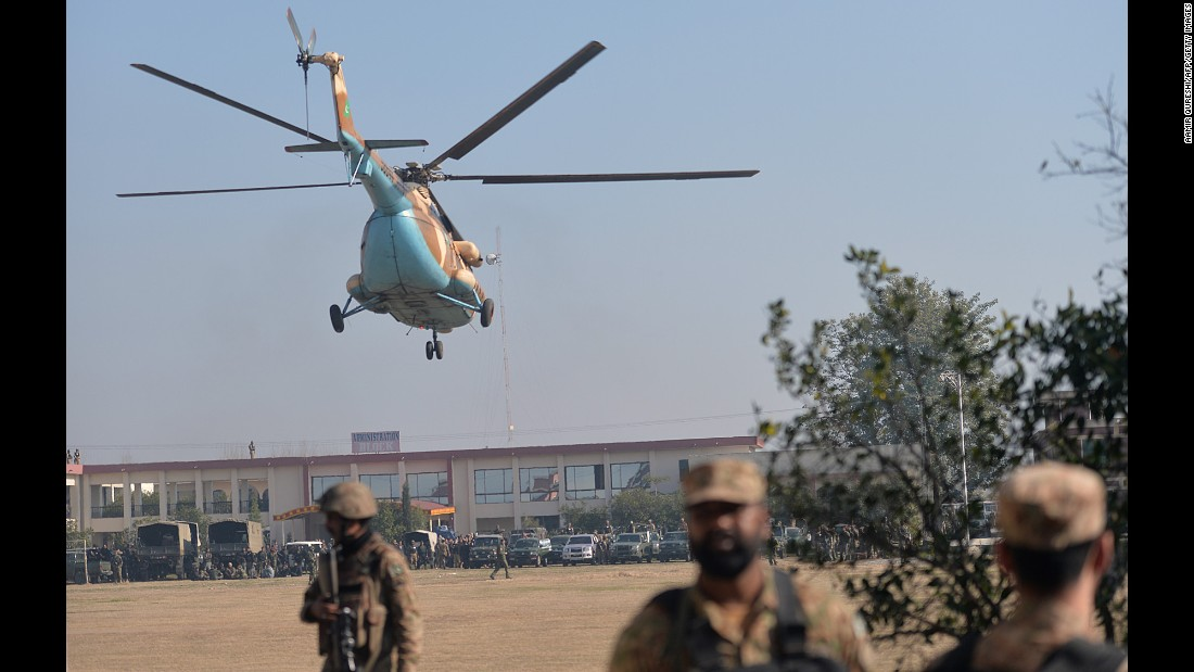 An army helicopter arrives at Bacha Khan University.