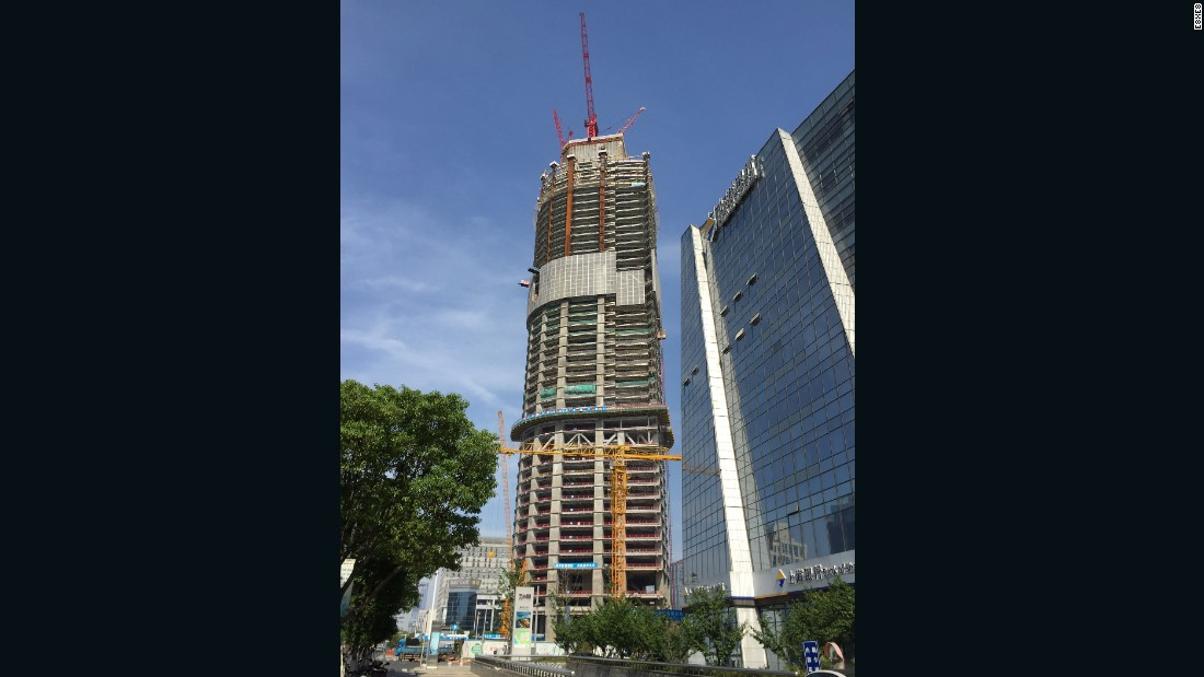 Kohn Pedersen Fox Associates' elastic design for another financial center in another Chinese regional hub seems to roll up like a magazine. At 450 meters (1476 feet), it is two meters shy of the Changsha tower.<em><br />Completion: 2017</em>